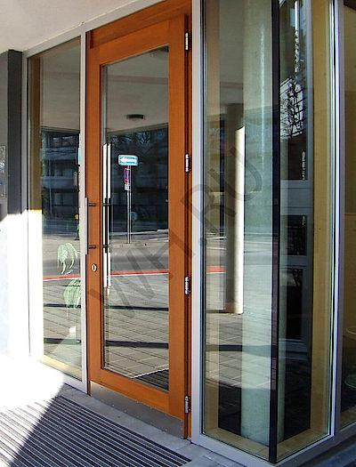 Дверь с усилением
